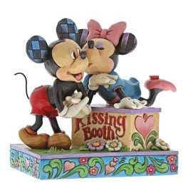 Minnie Mouse & Mickey Mouse, Kissing booth