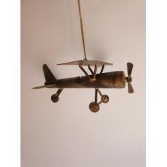 Metal flyver