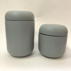 Hübsch krukke med låg, grå, lille