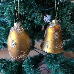 Klokke & ovalkugle, glas, guld med guldglimmer og snor
